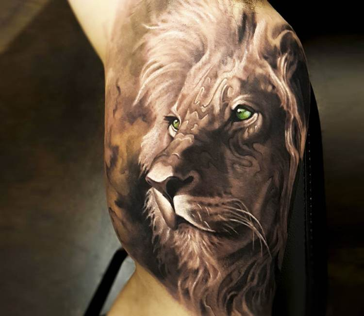 Lion Head Tattoo By Arlo Tattoos Post 19512