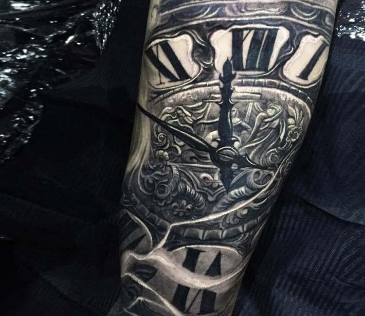 clock tattoo 38