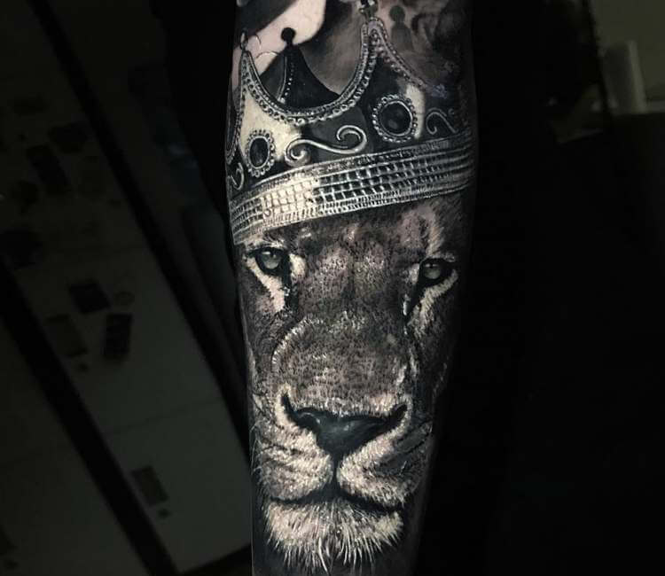 Lion King Tattoo By Chris Showstoppr Post 22223
