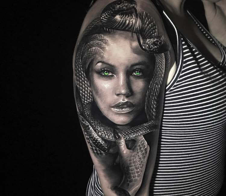 Medusa Tattoo By Chris Showstoppr Post 22447