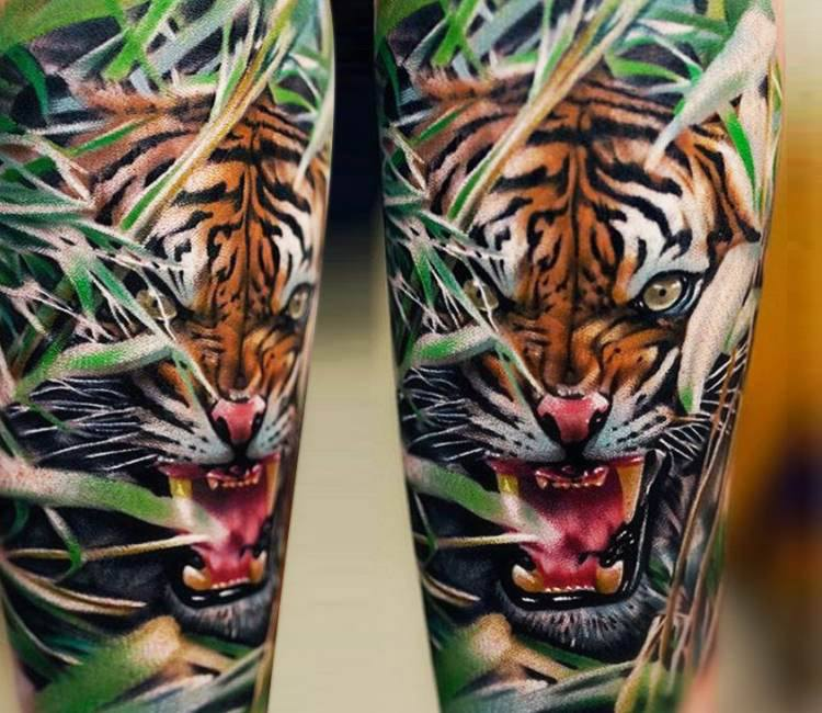 wild tiger tattoo by khan tattoo post 15243. Black Bedroom Furniture Sets. Home Design Ideas