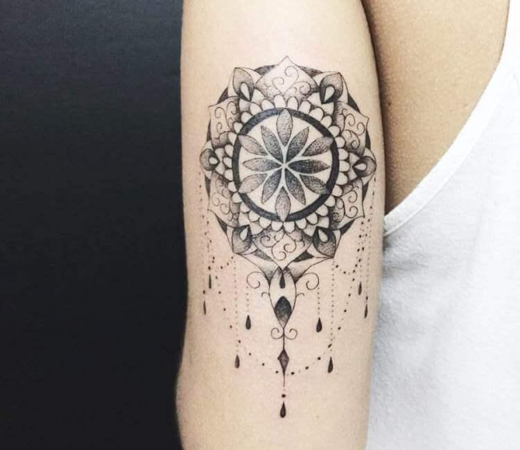 b8acd02e32e03 black and gray jewelry mandala tattoo by kristie yuka
