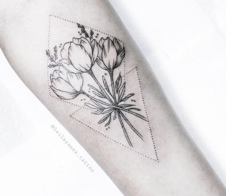 Top Tulip Flowers Tattoo Motives